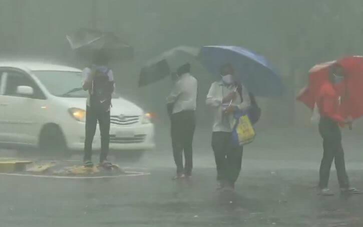 मुंबई में आज भारी बारिश की उम्मीद: मौसम विभाग