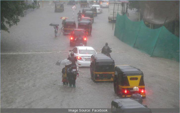 गणपति के आगमन के दिन होगी भारी बारिश, मुंबई और ठाणे में अलर्ट