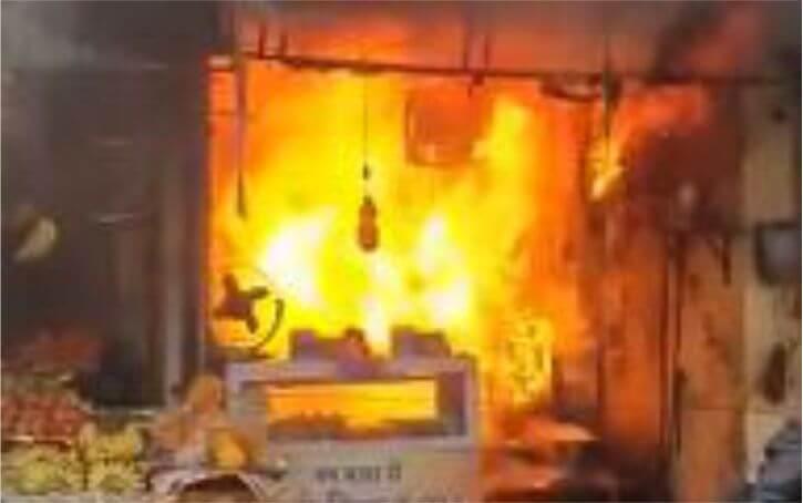 उल्हासनगर में वड़ा पाव की दुकान पर सिलेंडर ब्लास्ट; दुकान के मालिक की मौत, 11 घायल