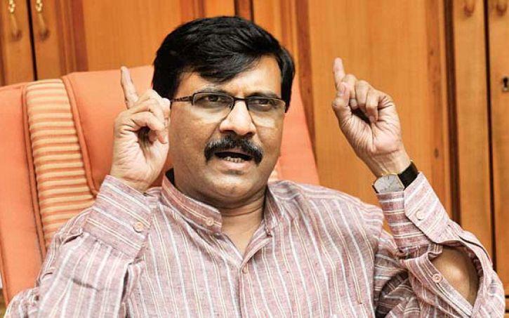 शिवसेना नेता संजय राउत ने पूर्व-नौसेना अधिकारी पर हमले को सही ठहराया