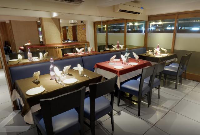 मुंबई में होटल और बार को रात के 11:30 बजे तक खोलने की मिली अनुमति और अन्य दुकानों को...