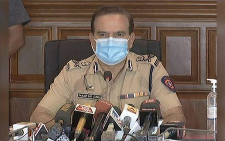 मुंबई पुलिस की रेडर पर रिपब्लिक टीवी, लगाया ये आरोप