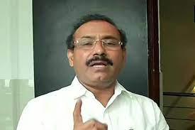 हेल्थ मिनीस्टर राजेश टोपे ने राज्य में कोरोना की वैक्सीन की कमी को लेकर जताई चिंता