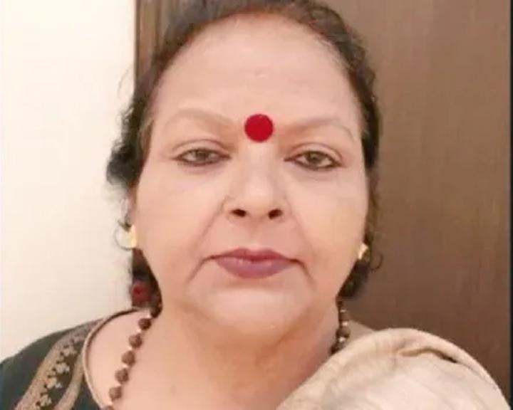 मुम्बई रेप पीड़िता के परिवार से मिलने पहुंचा राष्ट्रीय महिला आयोग