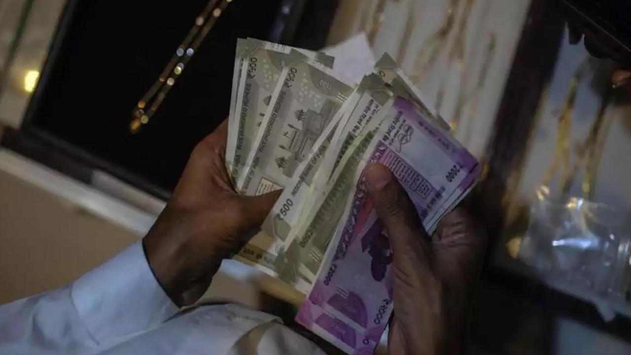 महाराष्ट्र में नकली नोट छापने का कारखाना, 7 लोग गिरफ्तार