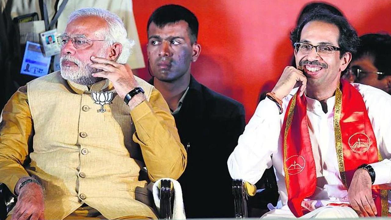 BJP-शिवसेना गठबंधन के बीच फड़णवीस-जयंत पाटिल साथ-साथ