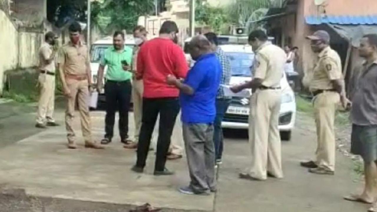 महाराष्ट्र उल्हासनगर में मोबाइल और ईयर फ़ोन के लिए युवक की हत्या